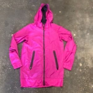 Lululemon windbreaker jacket size 4